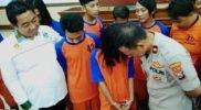 AM (20 tahun), gadis pemakai narkotika jenis sabu yang dihadirkan dalam pengungkapan kasus Polres Jombang, Jumat, 17 Januari 2020.