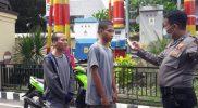 Pemeriksaan dengan termogan di pintu masuk Polres Bantaeng.