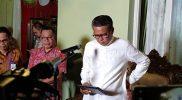 Gubernur Sulsel Nurdin Abdullah dalam jumpa pers di kediamannya, jalan Perintis Kemerdekaan VIII, Perumahan Dosen Unhas, Kamis (19/3/2020) malam.