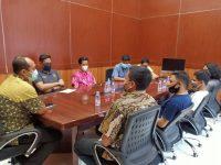 Pertemuan aktivis dan Kepala Kejaksaan Negeri Bantaeng di Kantor Kejari Bantaeng, Jalan Andi Mannappiang, Jumat (3/7/2020) kemarin.